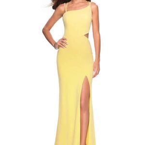 NWT LA FEMME | Yellow Long Formal Dress | Size 4
